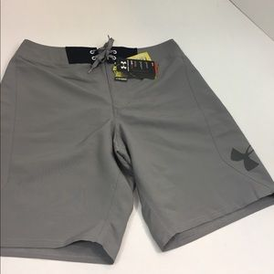 Men's New With Tags UNDER ARMOUR Shorts 34